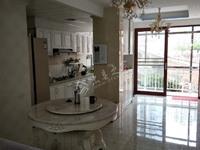 拎包入住 出售蓝泊湾3室2厅2卫140平米60万住宅