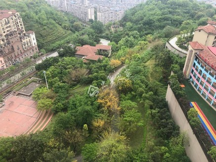 香山国际A区,三室两厅一卫,朝南看江户型,仅售60万!