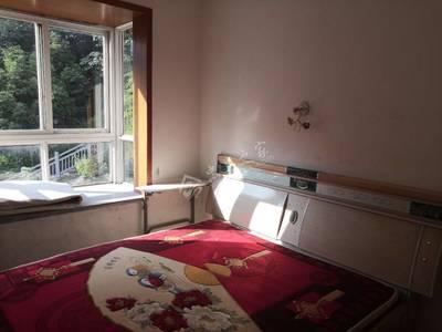 出售中博花园里3室2厅2卫108平米46万住宅