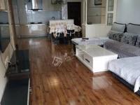 出售中博 香山湖3室2厅2卫110平米68万住宅